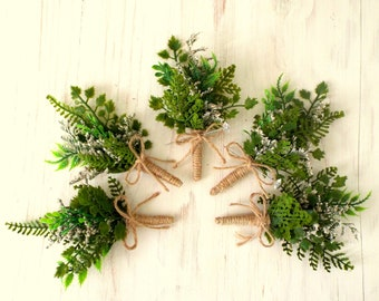 Wedding green leaf boutonniere, rustic forest boutonniere,Men's lapel pin, Groomsmen buttonhole