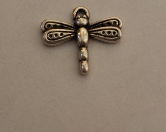 Vintage Silver Tone Dragon Fly Pendant FREE SHIPPING to U.S.