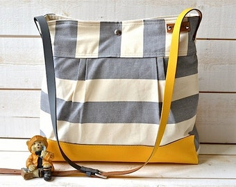 BEST SELLER Diaper bag / Messenger bag STOCKHOLM Gray geometric nautical striped Leather / 10 pockets Featured on The Martha Stewart