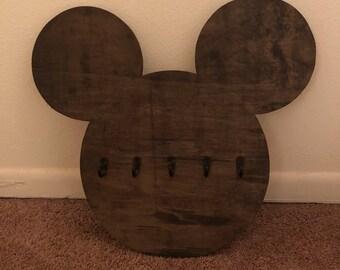 Mickey head key/item hanger.