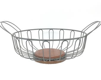 Vintage Metal and Wood Bowl, Fruit Bowl, Bowl with Handles, Rustic Decor, Centerpiece Bowl