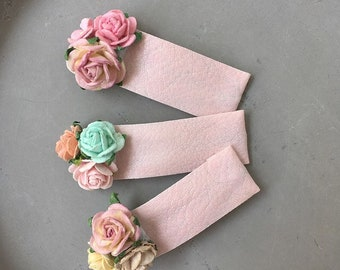 Pink snap clips set of 3 hair clip Petites / Baby and girls dusty pink faux leather pastel green yellow lilac mulberry paper rose flowers