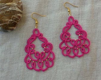 Rose tatted lace earrings , tatting lace ,  handmade , statement jewelry , tatted jewelry , frivolite , lace jewelry