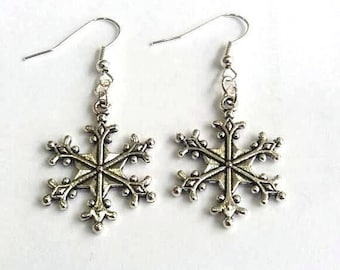 Christmas Earrings - Festive Earrings - large snowflake earrings