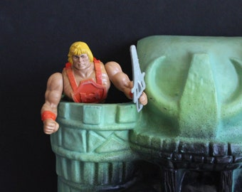 1984 Masters of the Universe Action Figure He-Man Thunderpunch
