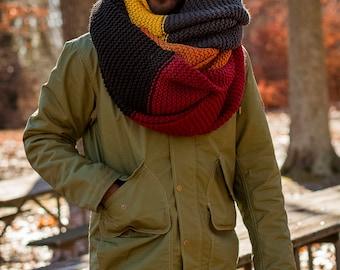 IMMERSIVE PALETTE in HALLOWEEN / Oversized Multicolored Wool Knit Blanket Scarf