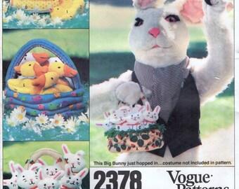 Vogue 2378 EASTER BASKETS & TRANSFERS Stuffed Bunnies, Ducks, Geese, Horse, Pig, Chicks