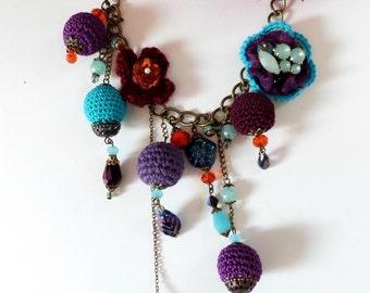 collier boho perles au crochet ,bohème,bleu,rose,orange