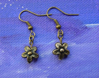 Earrings bronze color flowers