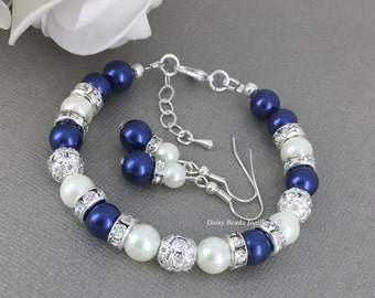Navy Bracelet Navy and Ivory Bracelet Bridesmaid Gift on a Budget Navy Blue and Ivory Jewelry Bridesmaids Bracelet Bridesmaids Gifts