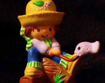 Vintage 1980s Strawberry SHORTCAKE Huckleberry Pie Mini PVC Figures!!