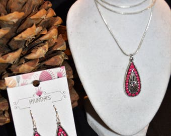 Pink Tear Drop Dangle Earring And Necklace Set Hand Painted