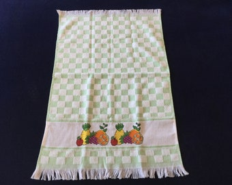 Kitchen Towel with a Green Tile & Fruit Design