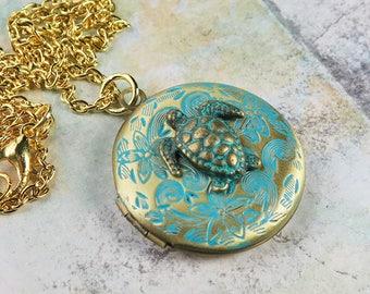 Turquoise Locket Necklace, Turquoise Locket Gold, Turtle Necklace, Gold Turtle Locket Necklace, Turquoise Turtle Pendant, Turquoise Jewelry