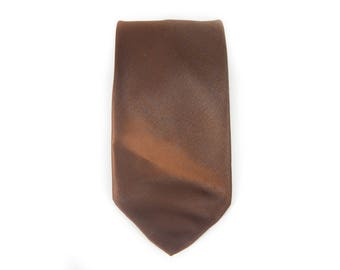 "Vintage Necktie / 3.25"" Necktie / Unique Brown Wembley Tie / Polyester Necktie / Mens Tie Mens Neckties / Guys Necktie Gifts for Guys"