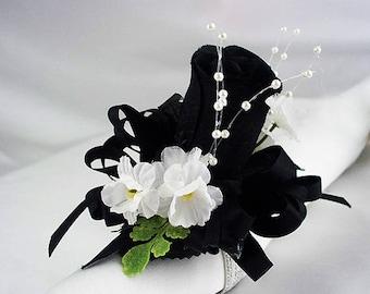 Black rose corsage. Black wrist bridesmaid. black wedding party,  black wrist corsage, black and white corsage, bridal black prom wristlet.