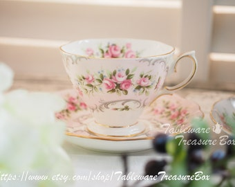 Sale 20% off : Vintage Royal Albert Rose-Du-Barry series Camille pink tea cup and saucer