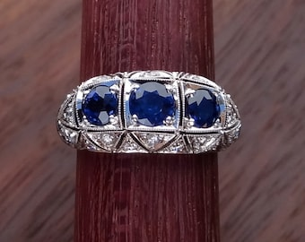 Art Deco Style Natural Blue Sapphire with Diamonds Statement Ring 18k  White Gold