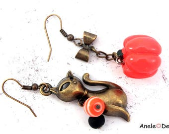 Halloween - Black Cat earrings - beads