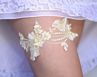 Yellow Bridal Garter, Lace Wedding Garter, Bridal Garter Set, Lace Garter Set, Handmade Garter, Pale Yellow Garter, Garter, Bridal Gift