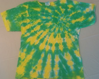 Youth L Green and Citrus Spiral Tie Dye T-Shirt
