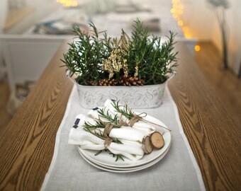 4 Linen napkins. Off white linen table napkins. Set of 4 napkins. Stone washed. Eco friendly. Handmade linen napkins. Ivory napkins