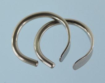 Niobium earrings: 16 gauge small open hoops - KISS9-16