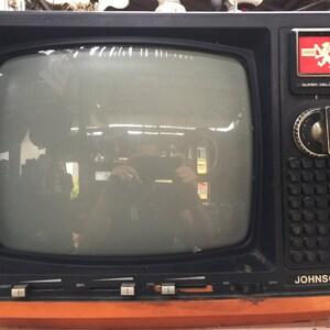 Awesome Big VINTAGE TV /// Retro Tv Set /// Vintage Television Set /// 1970s Tv /// Space Age Tv /// Cool Mod Tv - 8