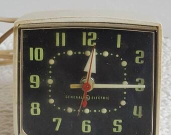 1970's General Electric Beige Electric Alarm Clock
