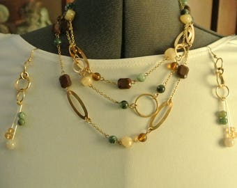 A Cute Three Strand Bead Necklace with Earrings