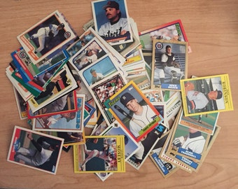 Lot of 115 Detroit Tigers Baseball Cards - 1980's