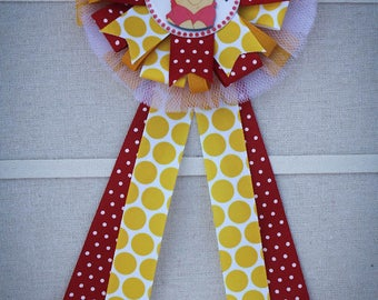 Mommy to Be Corsage, Mommy to  Be Pin, Winnie The Pooh Baby Shower Theme, Ribbon Corsage, Ribbon Pin, Pooh Bear Shower Pin, Winnie the Pooh