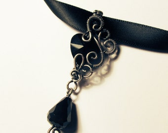 Gothic Black Heart Satin Choker - Silver Filigree Glass Crystal Pendant on Glossy Choker Necklace