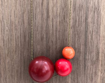 Gumball Necklace / For Her / Vintage Bead Necklace / Statement Necklace / Colorful Necklace / Bright Necklace / Red Orange Beaded / Red Bead
