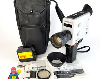 NIZO S560 Super 8 Camera ExCELLENT CONDItION With manual & more!