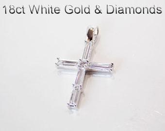 18ct 18K 750 White Gold and Natural Diamond Crucifix Cross Pendant - E5