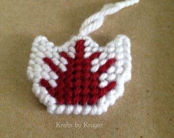 Canada 150 Red and White Tulip plastic canvas phone charm