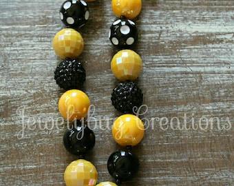 Bumble bee bubble gum necklace / bubble bee necklace