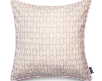 We Love Beds Cushion Aztec Pattern High Quality