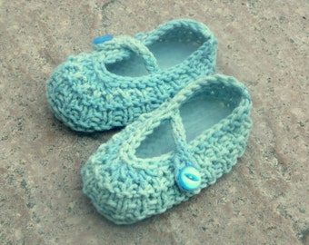 Knitting Pattern Baby Booties -  Ocean Beach Baby Shoes (Sizes for 0 - 12 mths)