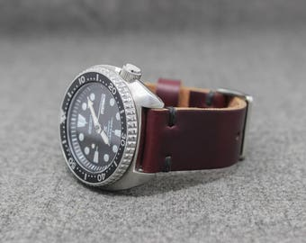 Leather Watch Band | The Hudson Strap | Horween Chromexcel Color 8 w/ Black Thread - Handmade