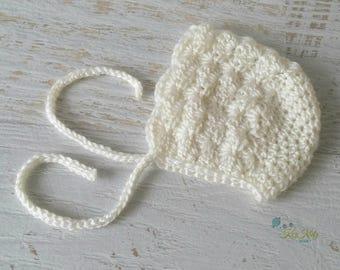 Cream/Off White Vintage Hand Crochet Knitted Newborn Baby Bonnet Beanie Hat