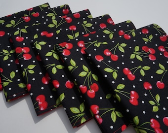 Cherry Cloth Napkins, Red Cherries Napkins, Red and Black, Everyday Napkins, Large Reversible Napkins, Set of 6, Dinner Napkins, Red Green