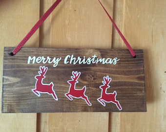 Christmas decor. Merry Christmas wood sign.  Holiday decor. Gift. Hostess gift. Cabin decor.  Rustic wood sign