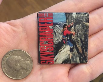Vintage David Lee Roth Skyscraper pin