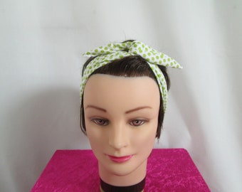 Chic vintage hard to tie headband white with lime green polka dots