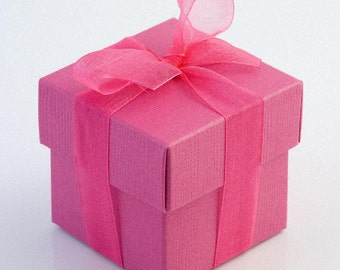 10 Hot Pink Favour Boxes - Square shaped favor boxes