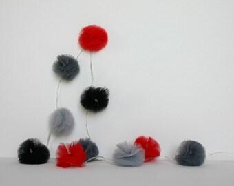 10 Led - Light grey, red and black tulle PomPoms Garland