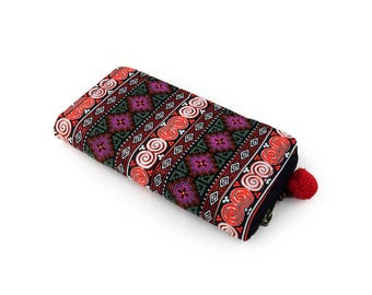 Vintage Embroidered Wallet, Upcycled Wallet Purse - Vegan, Folk Women's Wallet Clutch, Ethnic Tribal wallet, Ethical Fashion, Womens Gift