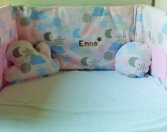 Round bed and pillow set